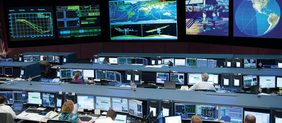 CONTROL-ROOM-NASA_PC